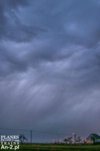 marcowe niebo