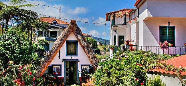 Madera 2016 – 16 – trójkątne domki